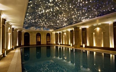 Six Swimming Pool Ceiling Design Ideas