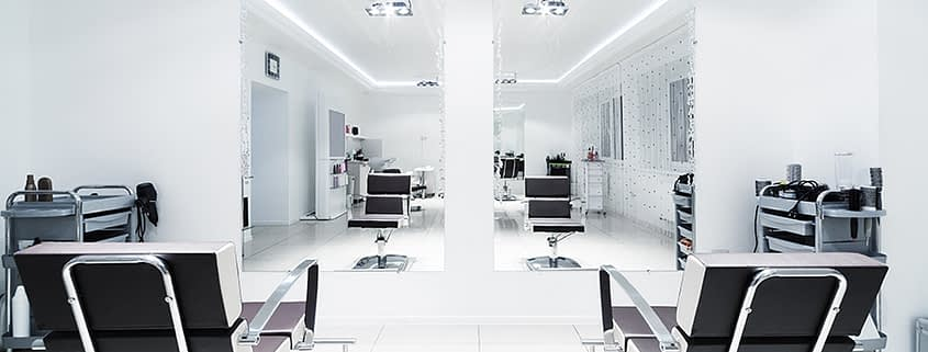Stretch ceiling in beauty salon